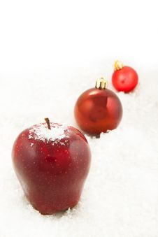 Free Fresh Red Apple And Christmas Balls Stock Photos - 16971523