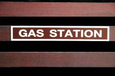 Free Gas Station Text Sign Royalty Free Stock Photo - 16971665