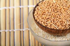 Free Wheat And Rice Bowls Stock Photography - 16972982
