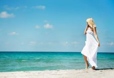 Free Romantic Woman On Beach Royalty Free Stock Image - 16974456
