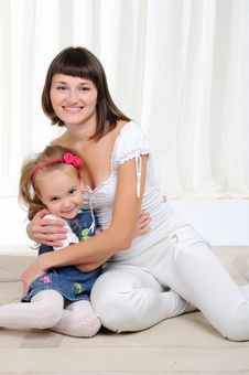 Free Young Mother And Her Young Daughter Stock Images - 16976464