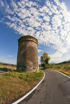Tower In The Tuscan Countryside Royalty Free Stock Images