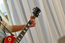 Free Guitar Player Stock Photos - 16984893