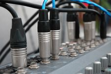 Free Connector Signal Sound Mixer Royalty Free Stock Photos - 16987988