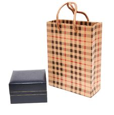 Free Bag And Gift Box Royalty Free Stock Images - 16988949
