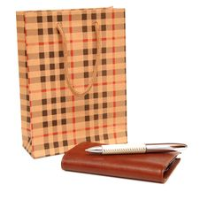 Free Paper Bag, Purse And A Pen Stock Image - 16988981