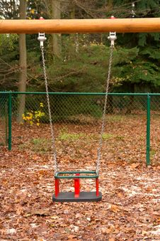 Free Empty Swing Stock Images - 16990914