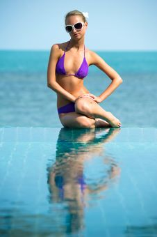Free Relaxation On The Pool Stock Photography - 16992712