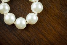 Free Pearls Stock Photography - 16993232