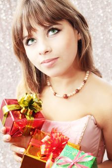 Free Holiday Gifts Royalty Free Stock Photos - 16994428