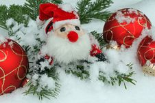 Free Christmas Balls Royalty Free Stock Photography - 16995427