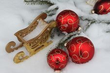 Free Christmas Balls Royalty Free Stock Photography - 16995727