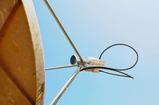 Free Satellite Dish Stock Photo - 16997150