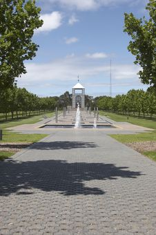 Free Fountain And Pathway Stock Photography - 174122