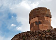 Free Sillustani Funerary Towers Royalty Free Stock Images - 1703189
