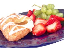 Free Pastry, Grapes And Strawberry Royalty Free Stock Photos - 1705198