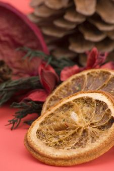 Free Mandarin,Cloves & Cinnamon Stock Images - 1708914