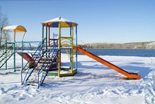 Free Snow-covered Beach Royalty Free Stock Photography - 17006167