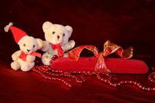 Free Gift Box Stock Photos - 17009413