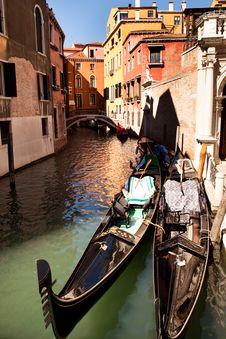 Free Gondolas On The Canal Stock Photos - 17009543