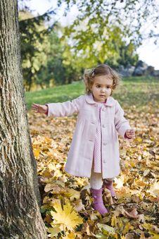 Free Little Girl Royalty Free Stock Photos - 17009818