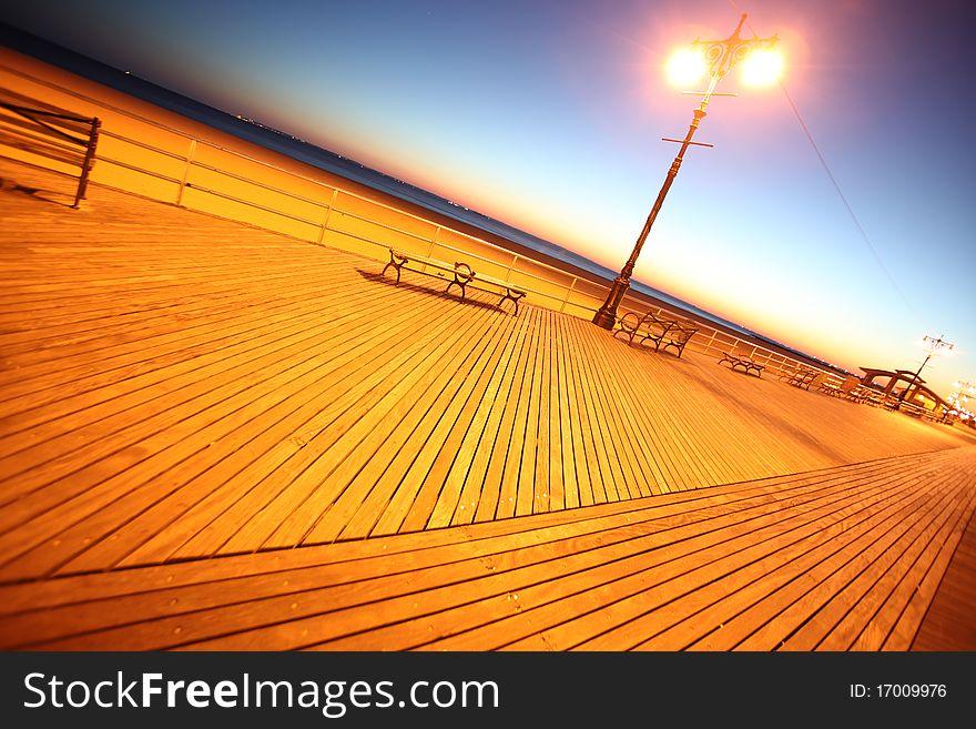 Classic NY - evening in Brighton Beach