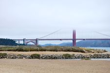 Free The Golden Gate And The Beach Royalty Free Stock Photography - 17010647