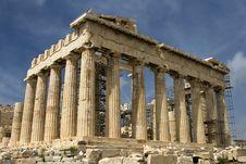 Free The Parthenon Atop Acropolis Royalty Free Stock Images - 17010729