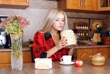 Free Woman Taken Jasmin Petals For Breakfast With Apple Royalty Free Stock Image - 17011286