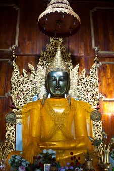Free Buddha Statue Royalty Free Stock Photo - 17017755