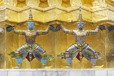 Free Giant In Grand Palace Royalty Free Stock Image - 17019746