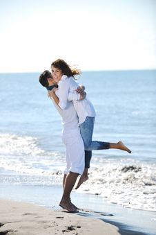 Free Happy Young Couple Have Fun At Beautiful Beach Stock Photo - 17020040