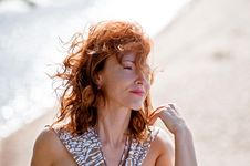 Free Portrait Of Woman In Dune Royalty Free Stock Images - 17020789