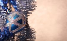 Free Blue Christmas Ball With Glitter, Extreme Close-up Stock Images - 17025004