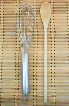 Free Cooking Utensils On Bamboo Royalty Free Stock Photography - 17028107