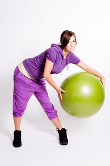 Free Sportswoman With A Fitness Ball Royalty Free Stock Photography - 17029687