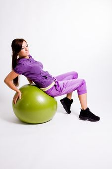 Free Sportswoman With A Fitness Ball Royalty Free Stock Image - 17029816