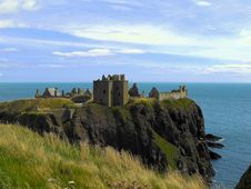 Free Dunnottar Castle In Scotland Stock Photography - 17033992