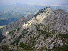 Free White Peaks Royalty Free Stock Photo - 17036165