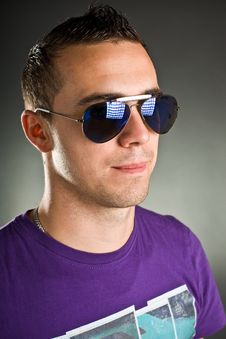 Free Man With Sunglasses Royalty Free Stock Images - 17043059