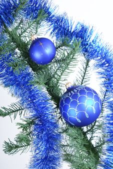 Free Blue Christmas Balls Royalty Free Stock Images - 17043889