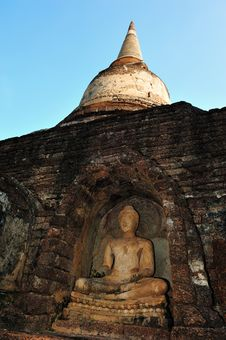 Old Buddha Statue In Srisatchanalai Royalty Free Stock Image