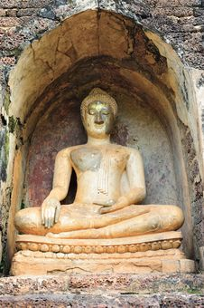 Old Buddha Statue In Srisatchanalai Royalty Free Stock Photo