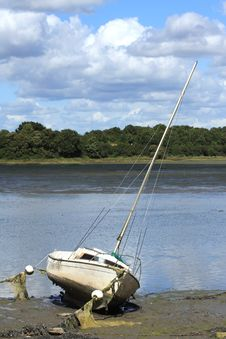 Free Sailboat Royalty Free Stock Photo - 17047425