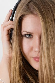 Free Young Pretty Girl In Headphones Royalty Free Stock Photo - 17056755
