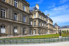 Free Luxembourg Palace, Paris, France Royalty Free Stock Photography - 17061227
