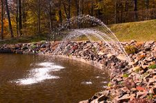 Free A Fountain Royalty Free Stock Photography - 17061887
