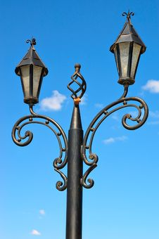 Free Street Lantern Against The Blue Sky Royalty Free Stock Images - 17063179