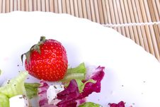 Free Strawberry And Salad On Plate Stock Photography - 17063872