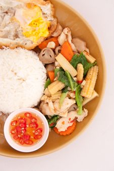 Free Thai Style Fried Vagetable Wiht Egg Royalty Free Stock Images - 17065719